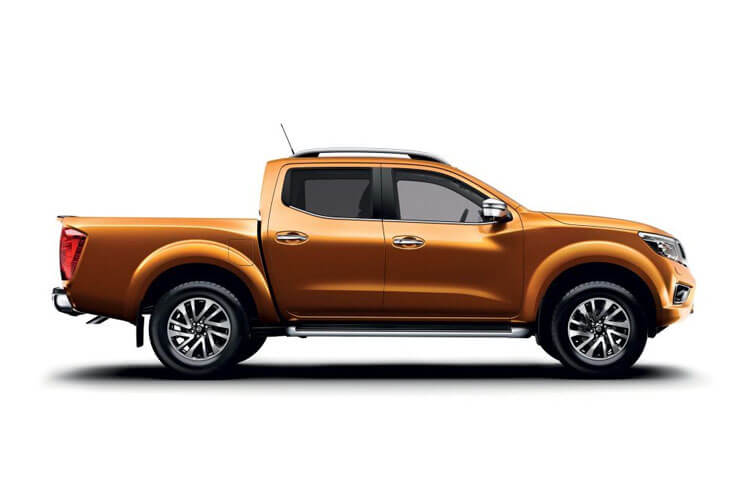 Nissan Navara PickUp DoubleCab 4wdS 2.3 dCi 4WS 190PS N-Guard AT32 Pickup Double Cab Auto back view