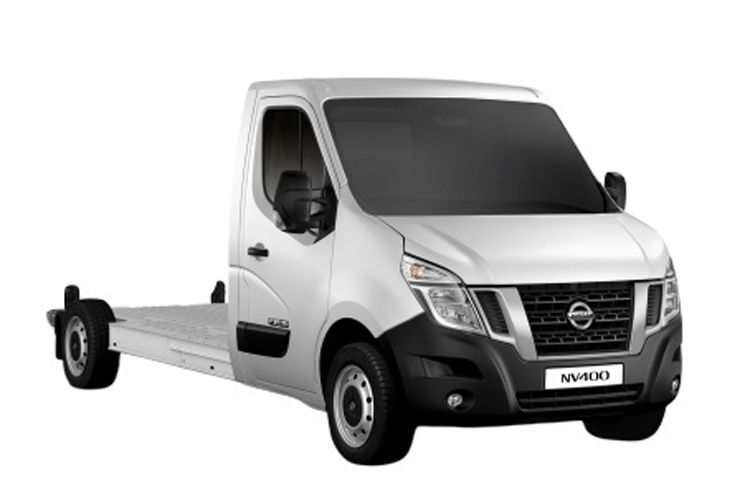 Nissan NV400 L4 35TW RWD 2.3 dCi DRW 145PS Acenta Chassis Cab Manual [Start Stop] front view