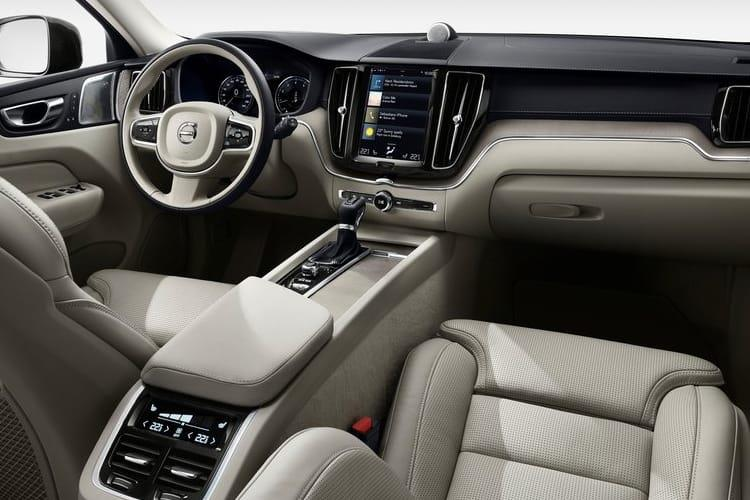 Volvo XC60 SUV AWD 2.0 B6 MHEV 300PS R DESIGN 5Dr Auto [Start Stop] inside view